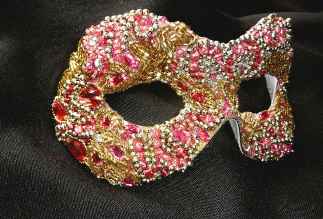 Baroque style Pink & Gold filigree masquerade mask (1a (1)